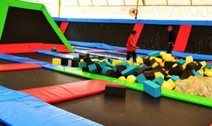 trampolin-wahana-permainan
